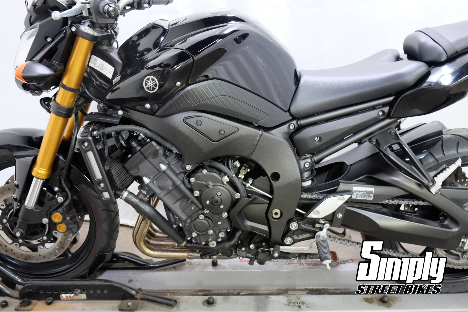 2011 Yamaha FZ8 in Eden Prairie, Minnesota - Photo 25