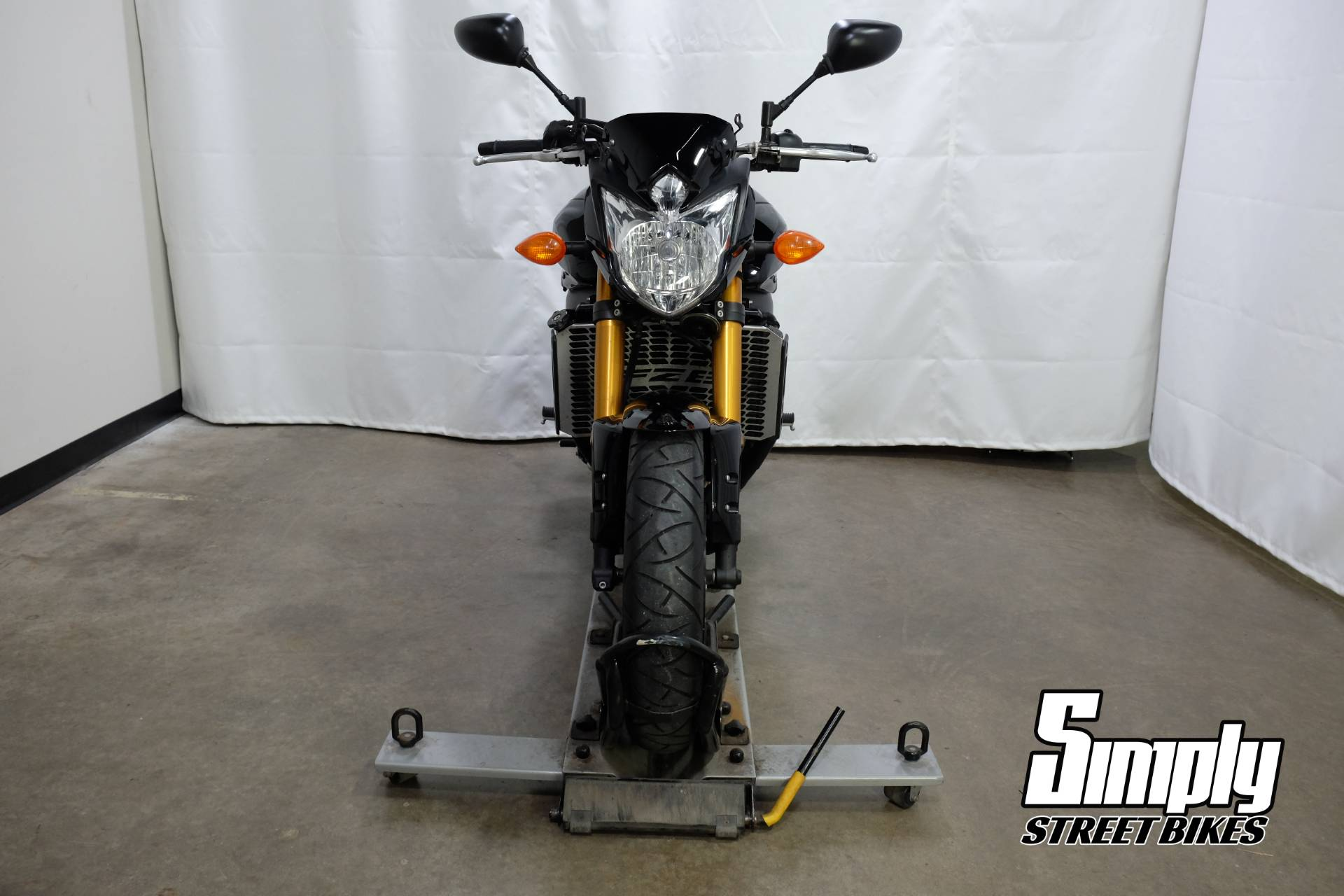 2011 Yamaha FZ8 in Eden Prairie, Minnesota - Photo 37