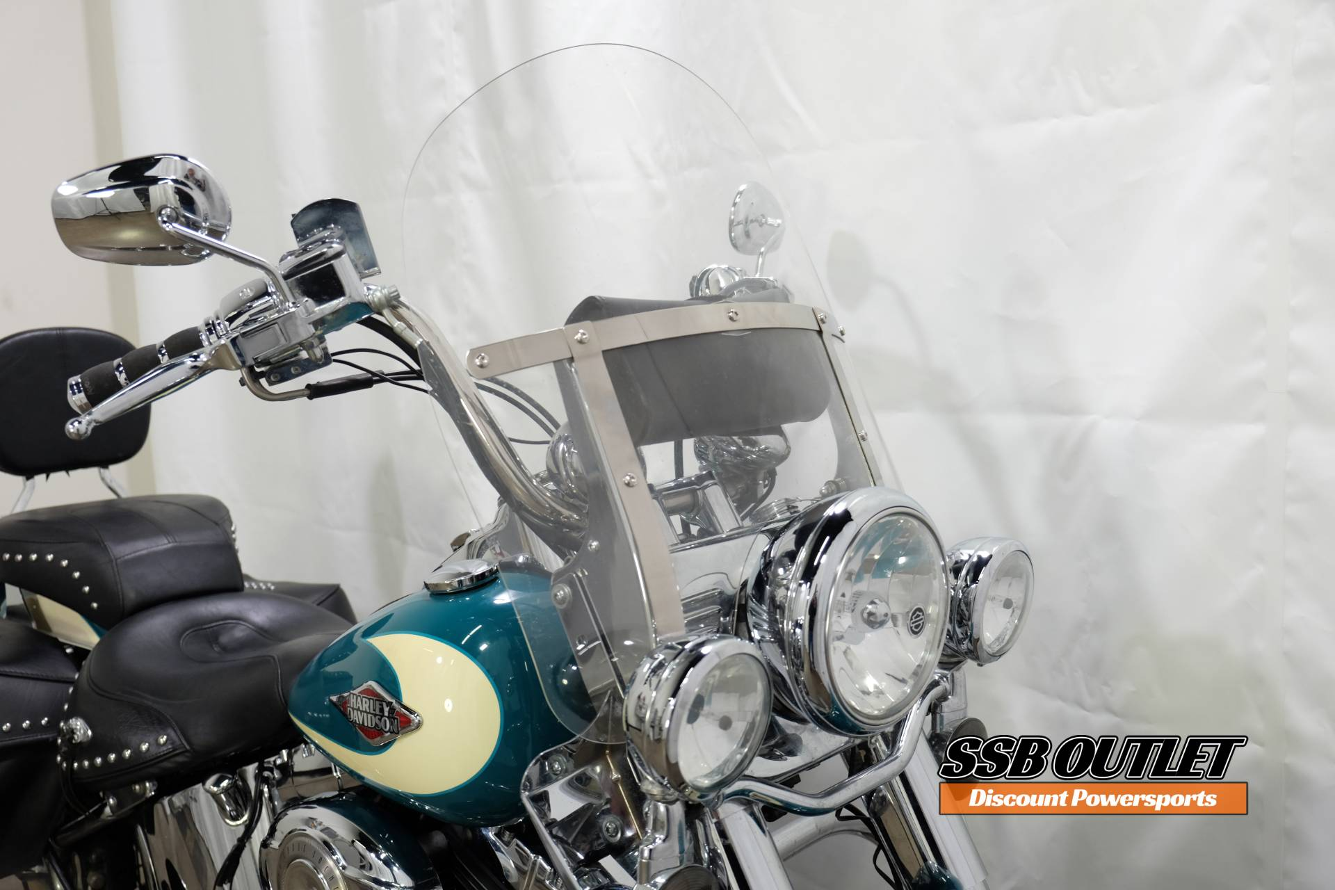 2009 Harley-Davidson Heritage Softail® Classic in Eden Prairie, Minnesota - Photo 14