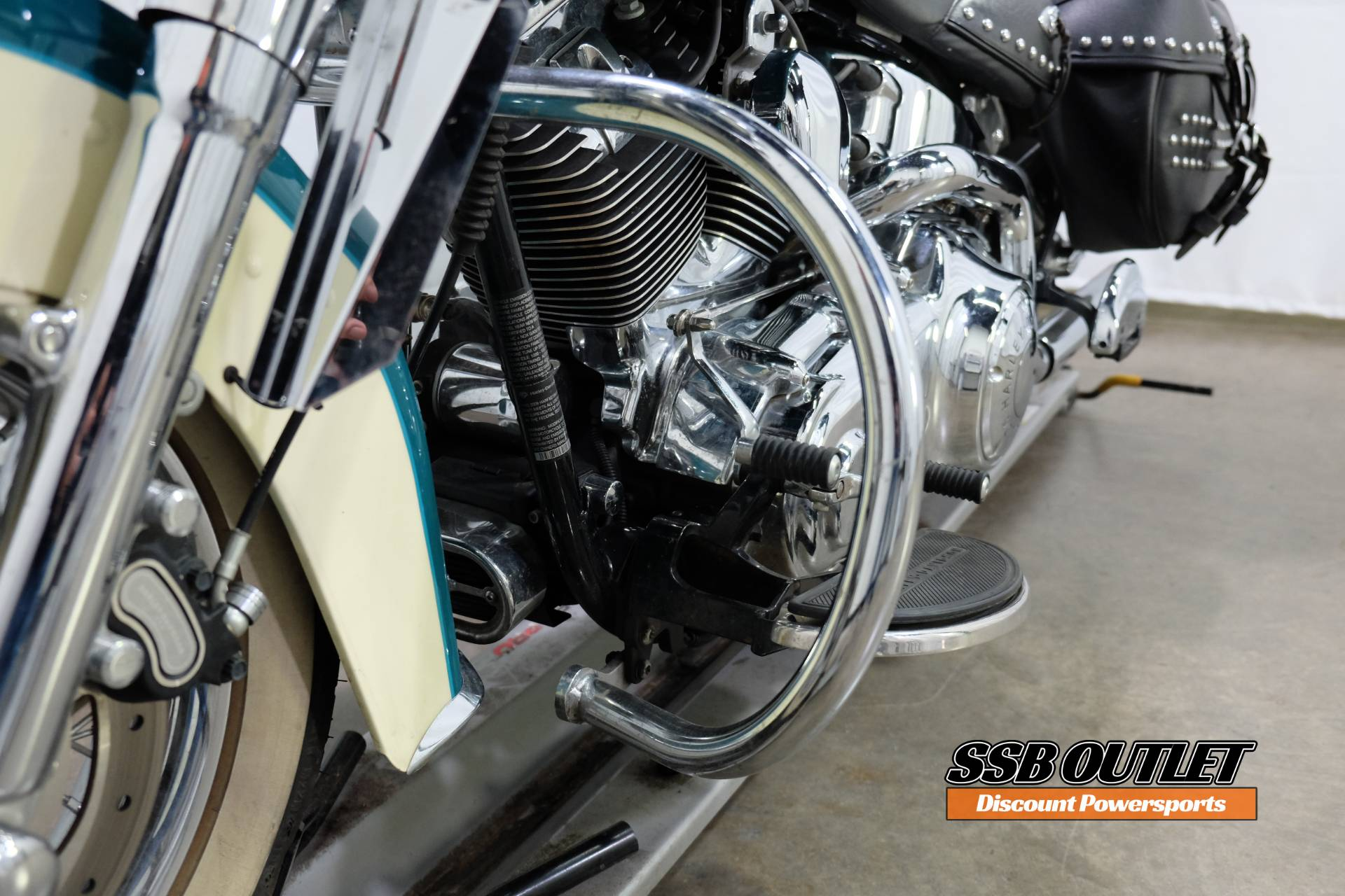 2009 Harley-Davidson Heritage Softail® Classic in Eden Prairie, Minnesota - Photo 22
