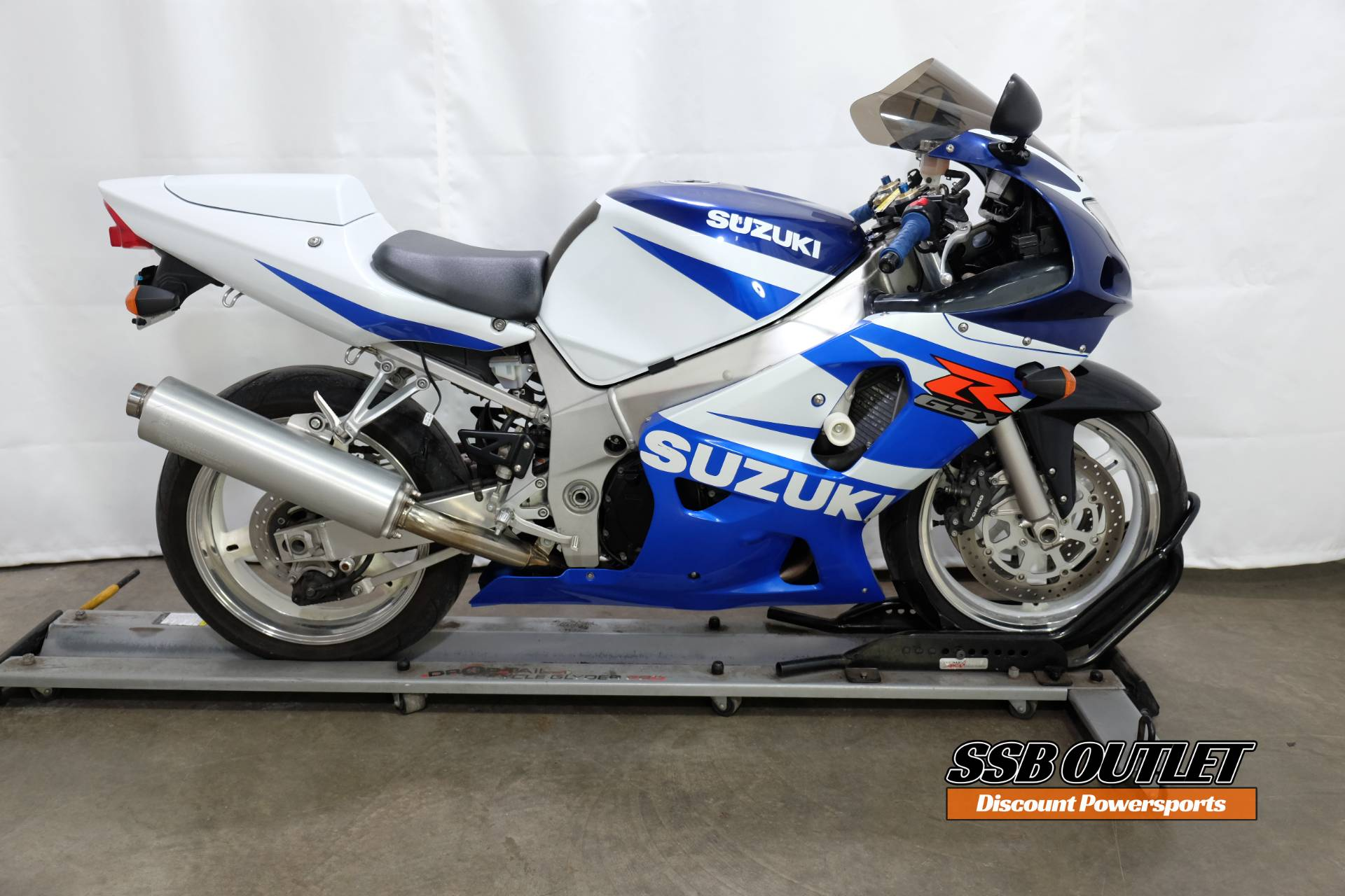 2002 Suzuki GSX-R600 in Eden Prairie, Minnesota - Photo 1