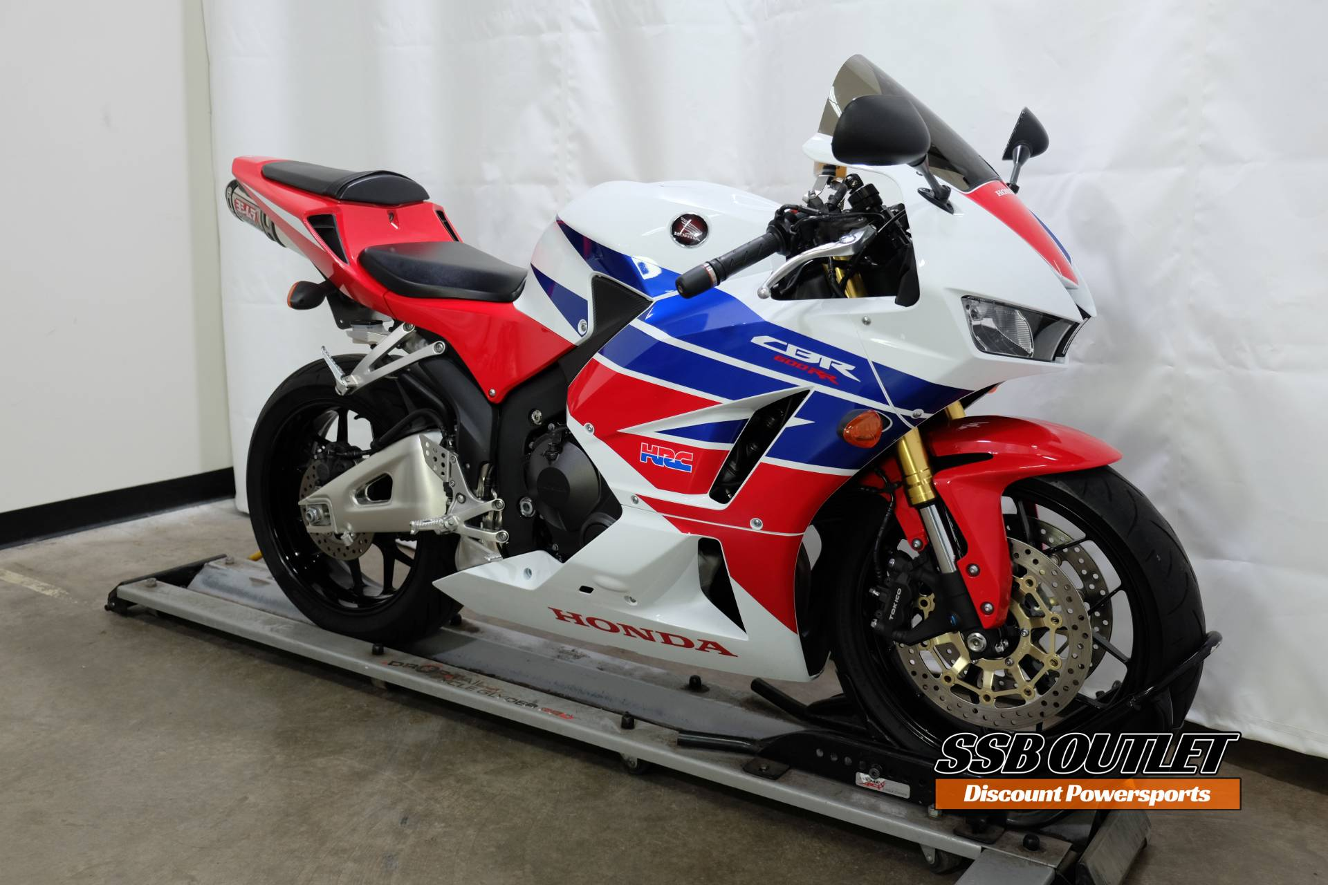 2013 Honda CBR®600RR in Eden Prairie, Minnesota - Photo 2