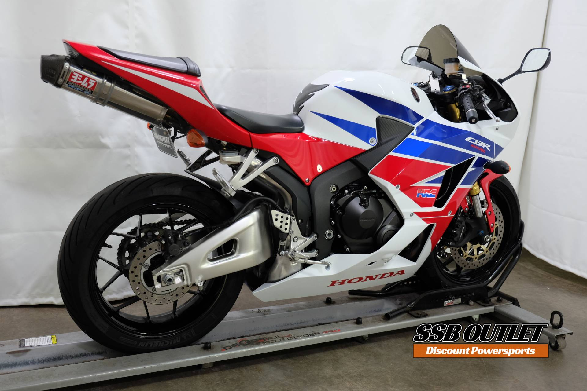 2013 Honda CBR®600RR in Eden Prairie, Minnesota - Photo 6