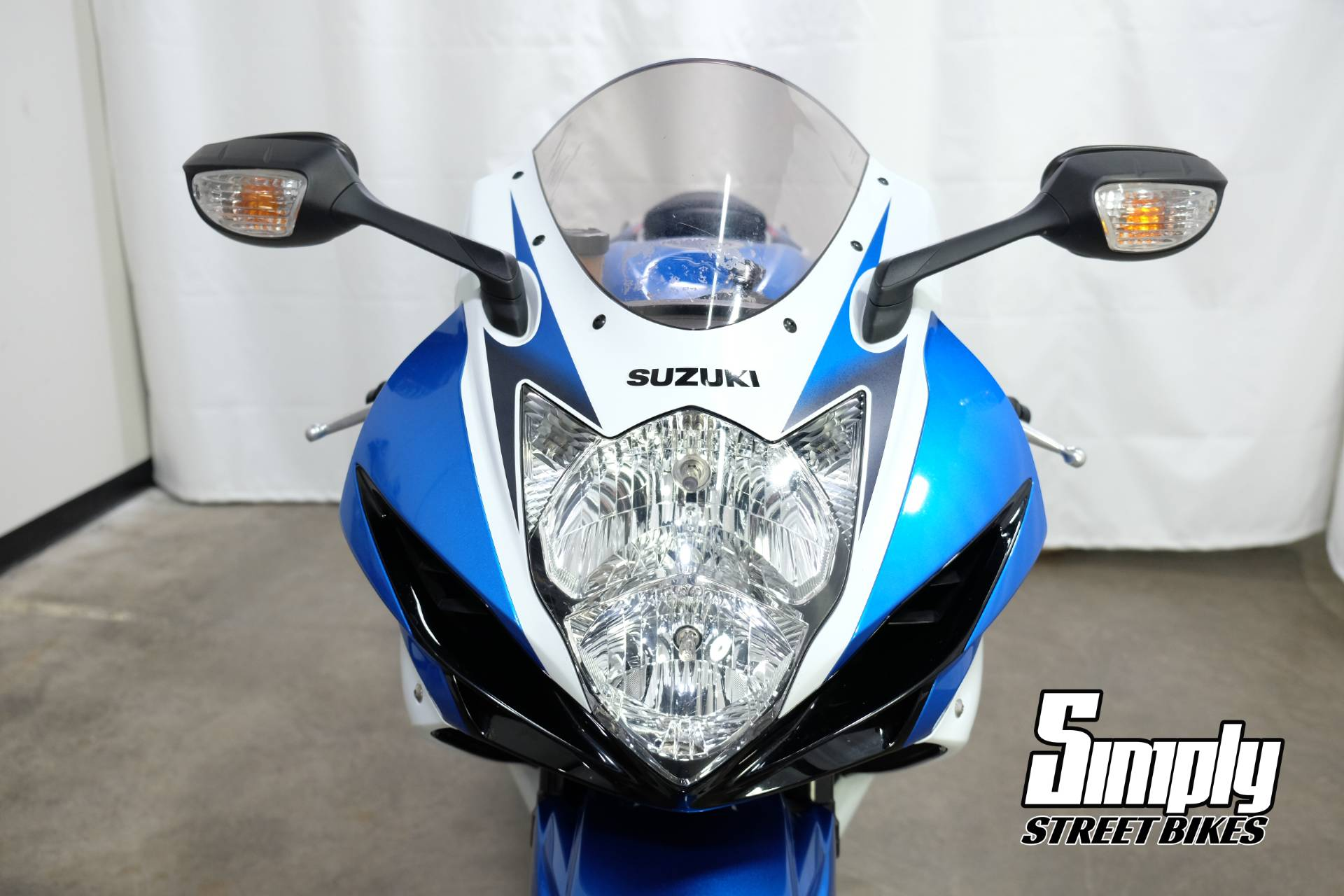 2011 Suzuki GSX-R600™ in Eden Prairie, Minnesota - Photo 9