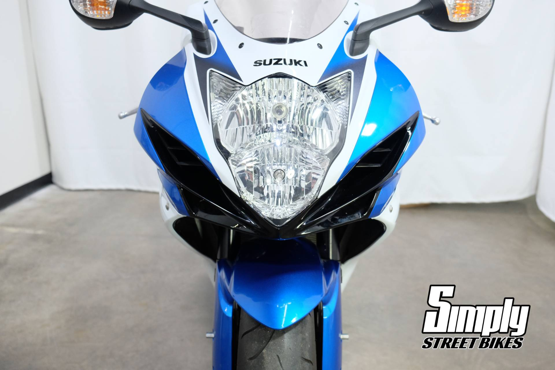 2011 Suzuki GSX-R600™ in Eden Prairie, Minnesota - Photo 10