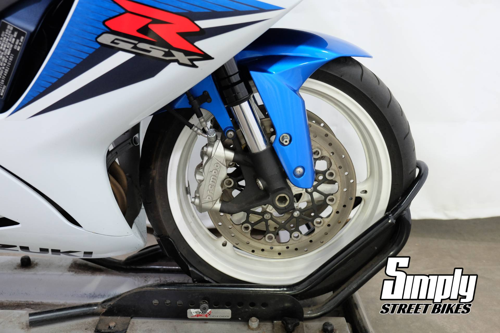 2011 Suzuki GSX-R600™ in Eden Prairie, Minnesota - Photo 15