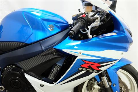2011 Suzuki GSX-R600™ in Eden Prairie, Minnesota - Photo 16