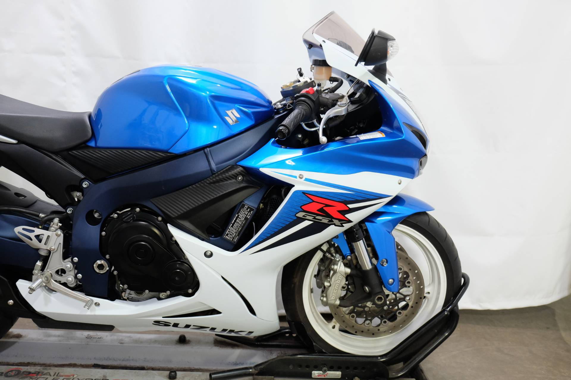 2011 Suzuki GSX-R600™ in Eden Prairie, Minnesota - Photo 21