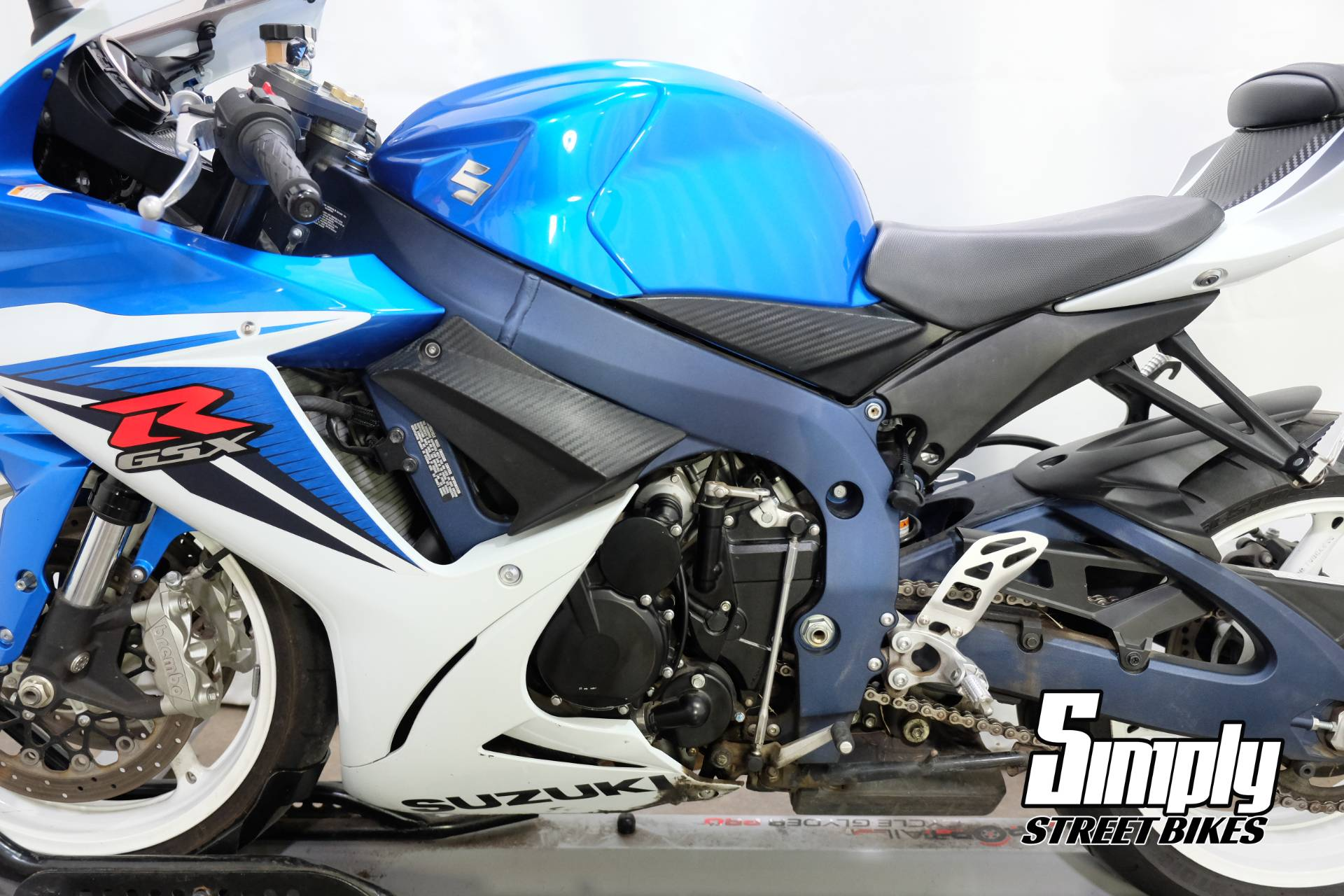2011 Suzuki GSX-R600™ in Eden Prairie, Minnesota - Photo 34