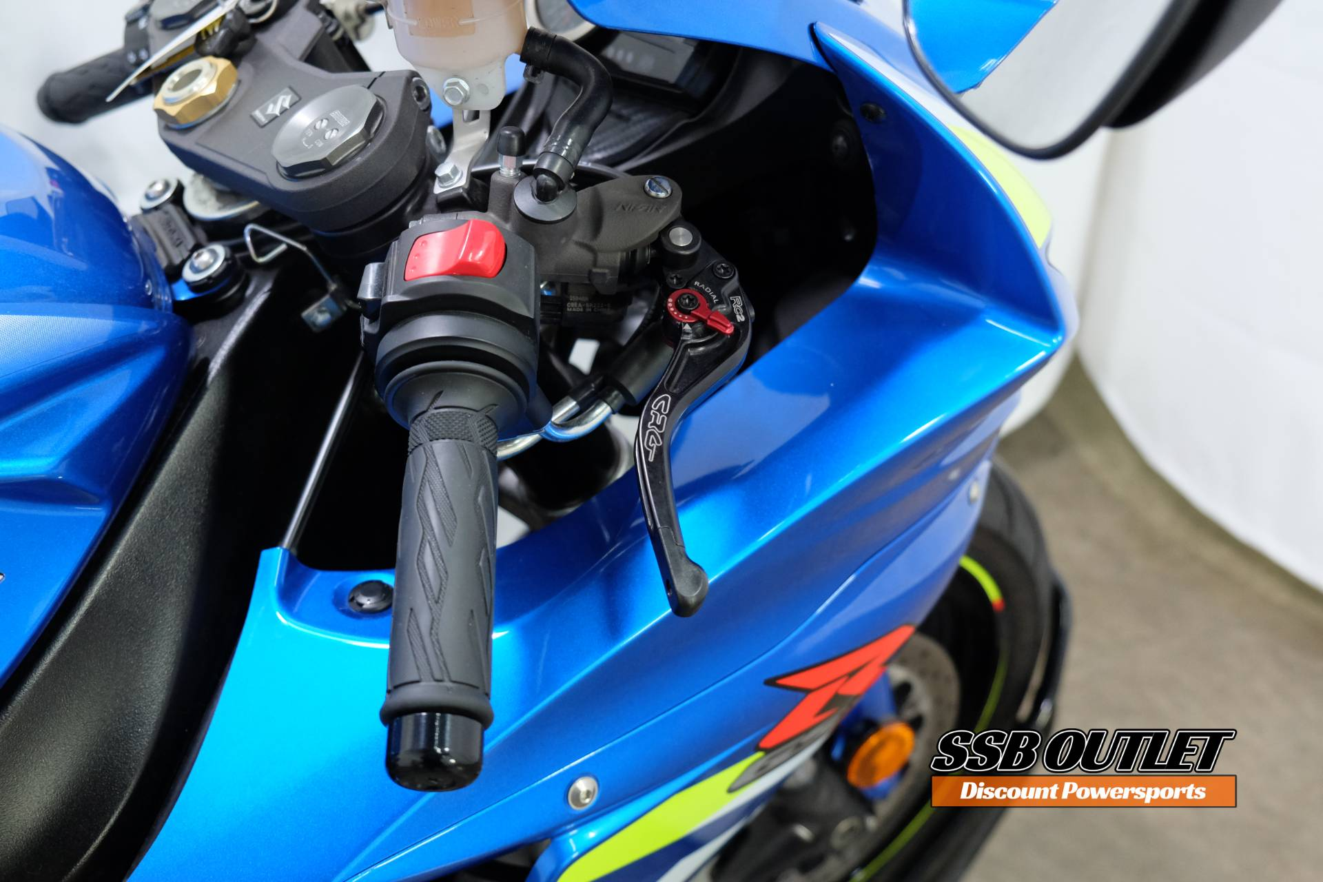 2015 Suzuki GSX-R600 in Eden Prairie, Minnesota - Photo 11