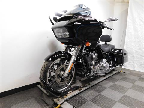 2015 Harley-Davidson Road Glide® in Eden Prairie, Minnesota - Photo 4