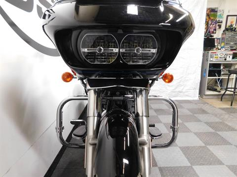2015 Harley-Davidson Road Glide® in Eden Prairie, Minnesota - Photo 36