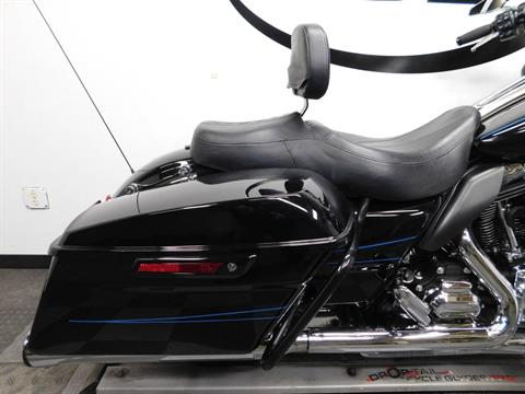 2015 Harley-Davidson Road Glide® in Eden Prairie, Minnesota - Photo 40