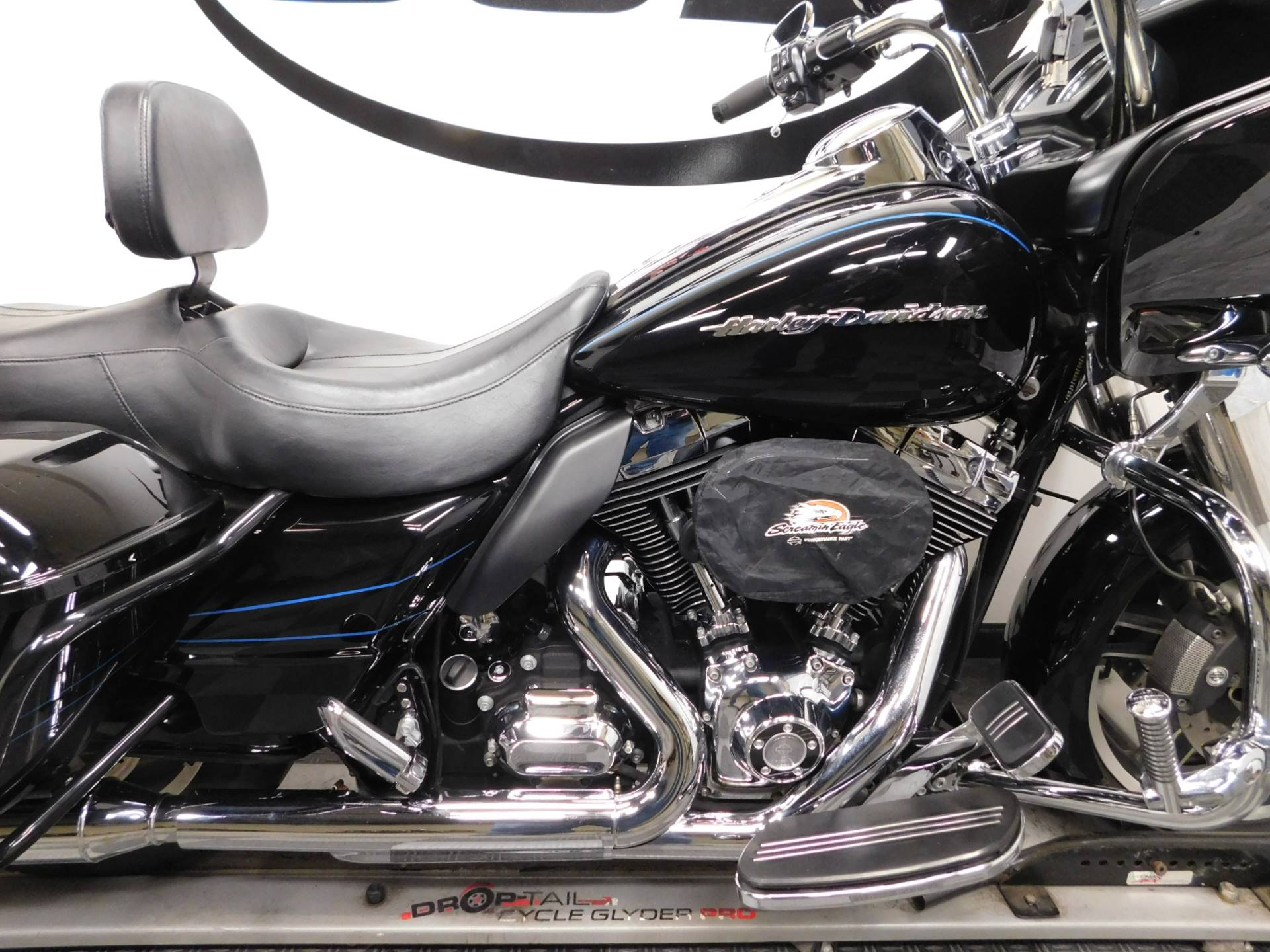 2015 Harley-Davidson Road Glide® in Eden Prairie, Minnesota - Photo 41