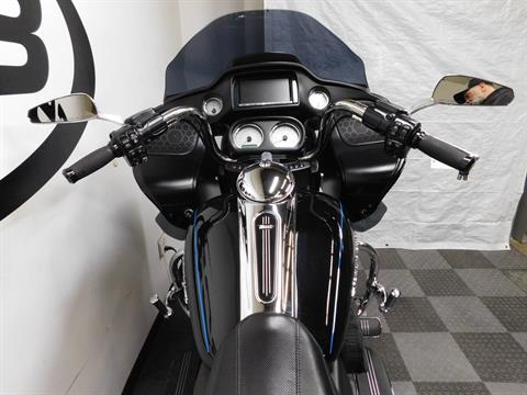 2015 Harley-Davidson Road Glide® in Eden Prairie, Minnesota - Photo 44