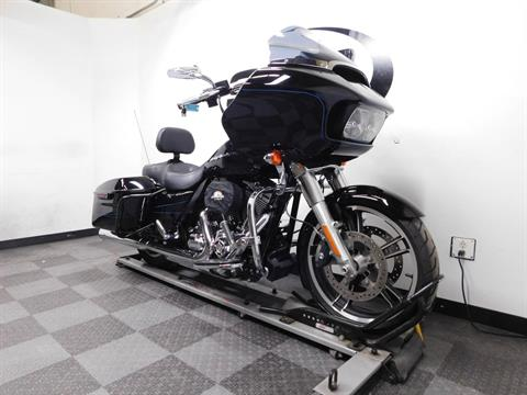 2015 Harley-Davidson Road Glide® in Eden Prairie, Minnesota - Photo 2