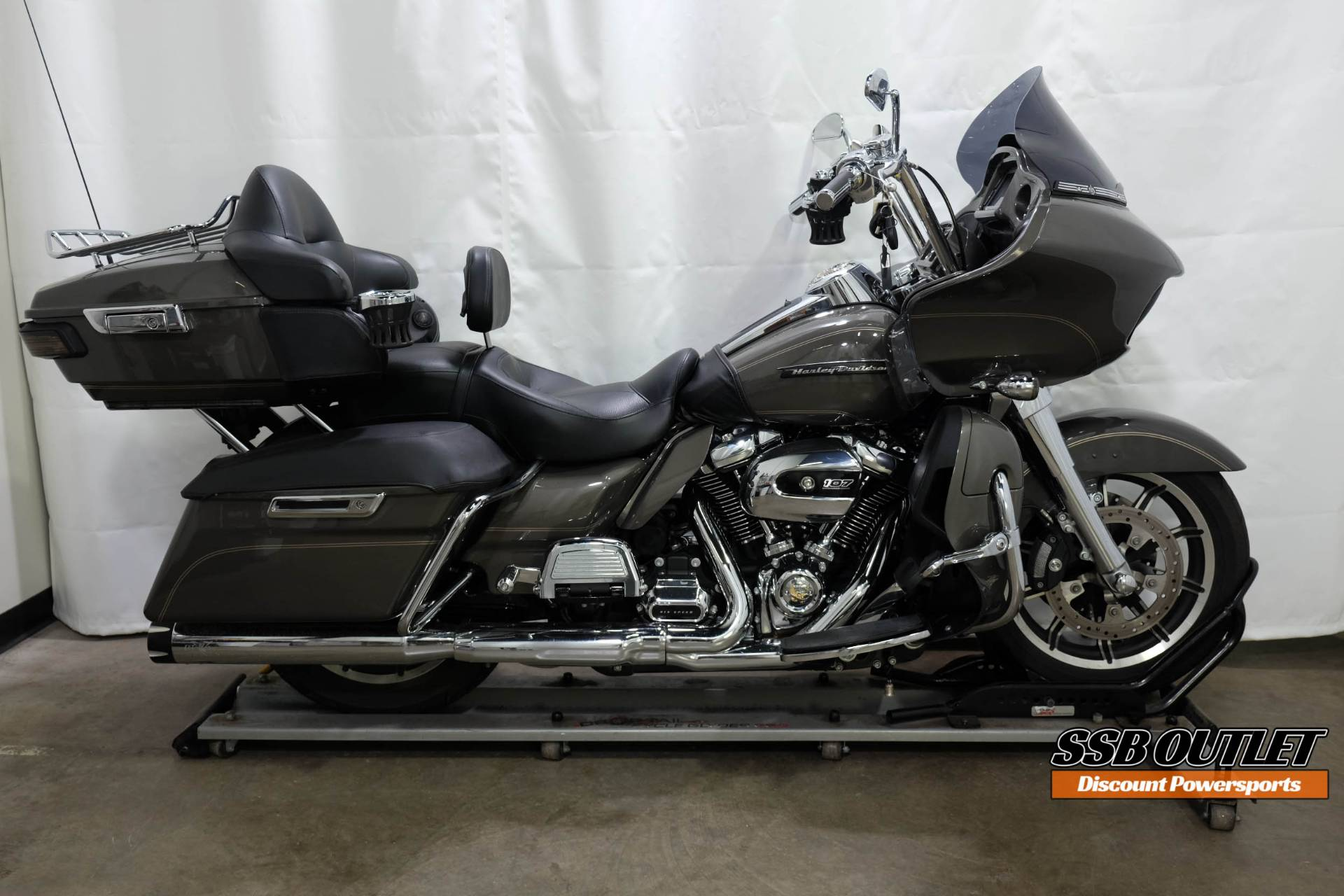 2018 Harley-Davidson Road Glide® Ultra in Eden Prairie, Minnesota - Photo 1