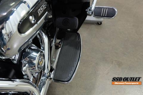 2018 Harley-Davidson Road Glide® Ultra in Eden Prairie, Minnesota - Photo 24