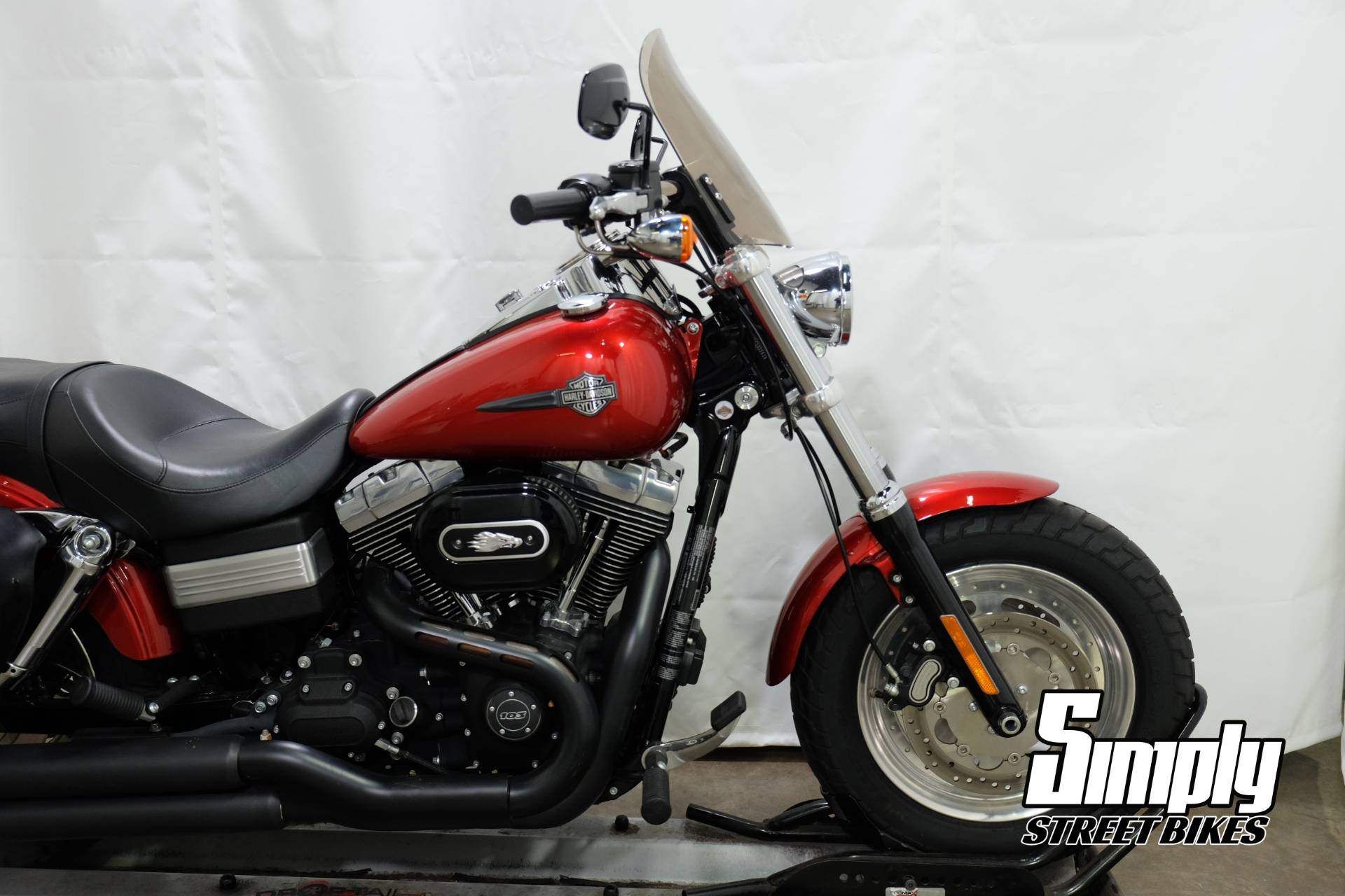 2013 Harley-Davidson Dyna® Fat Bob® in Eden Prairie, Minnesota - Photo 17