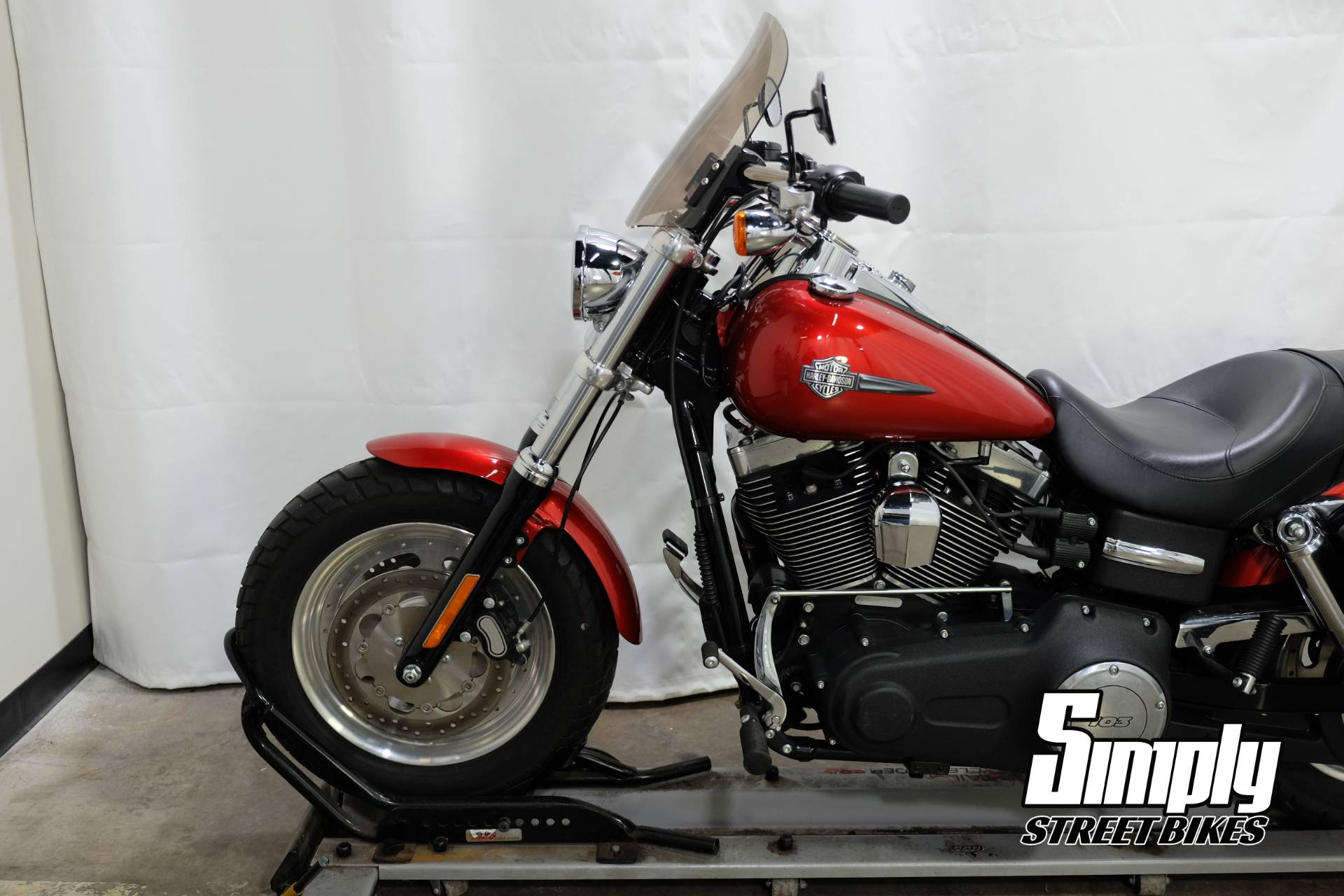 2013 Harley-Davidson Dyna® Fat Bob® in Eden Prairie, Minnesota - Photo 25