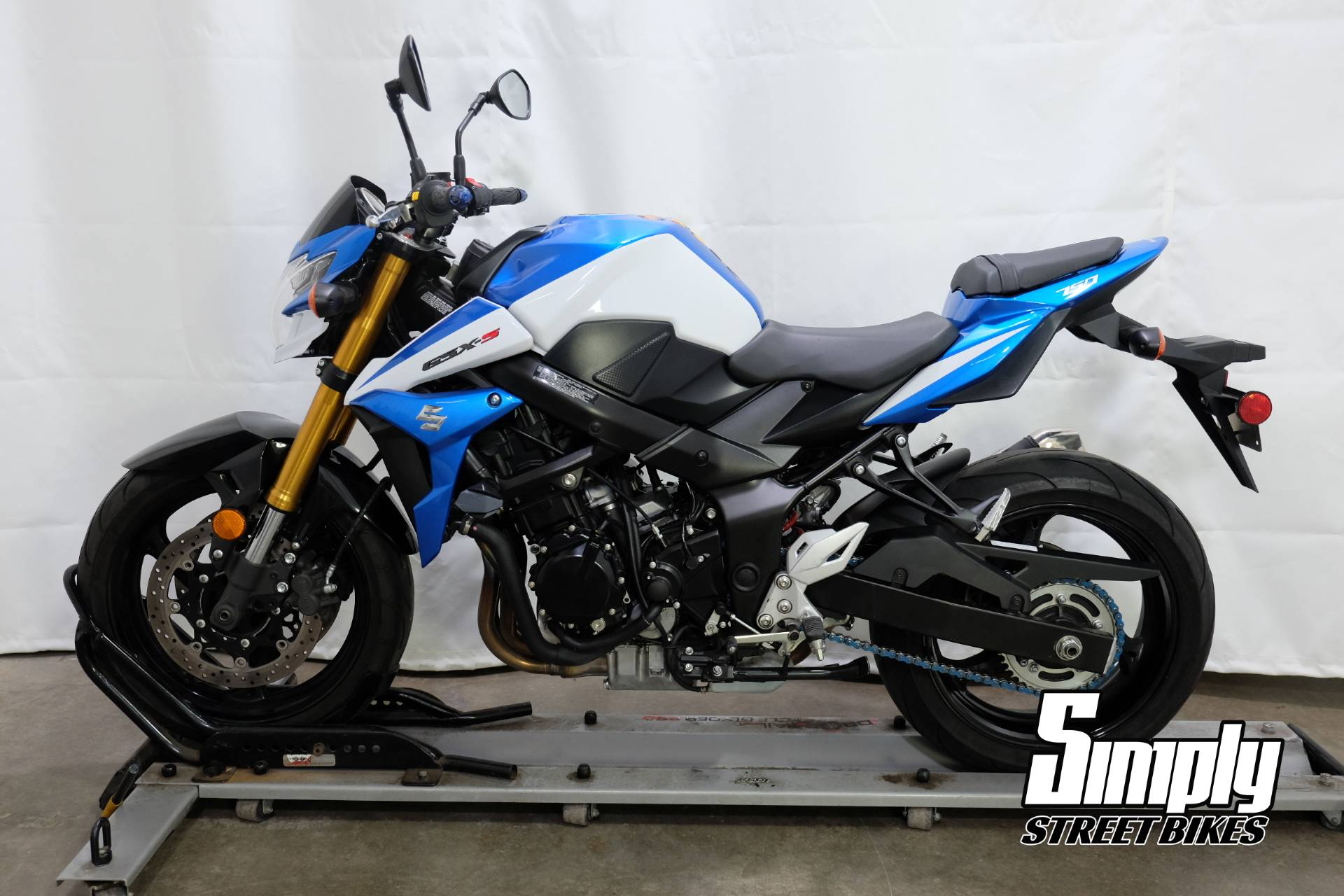 2015 Suzuki GSX-S750Z in Eden Prairie, Minnesota - Photo 5