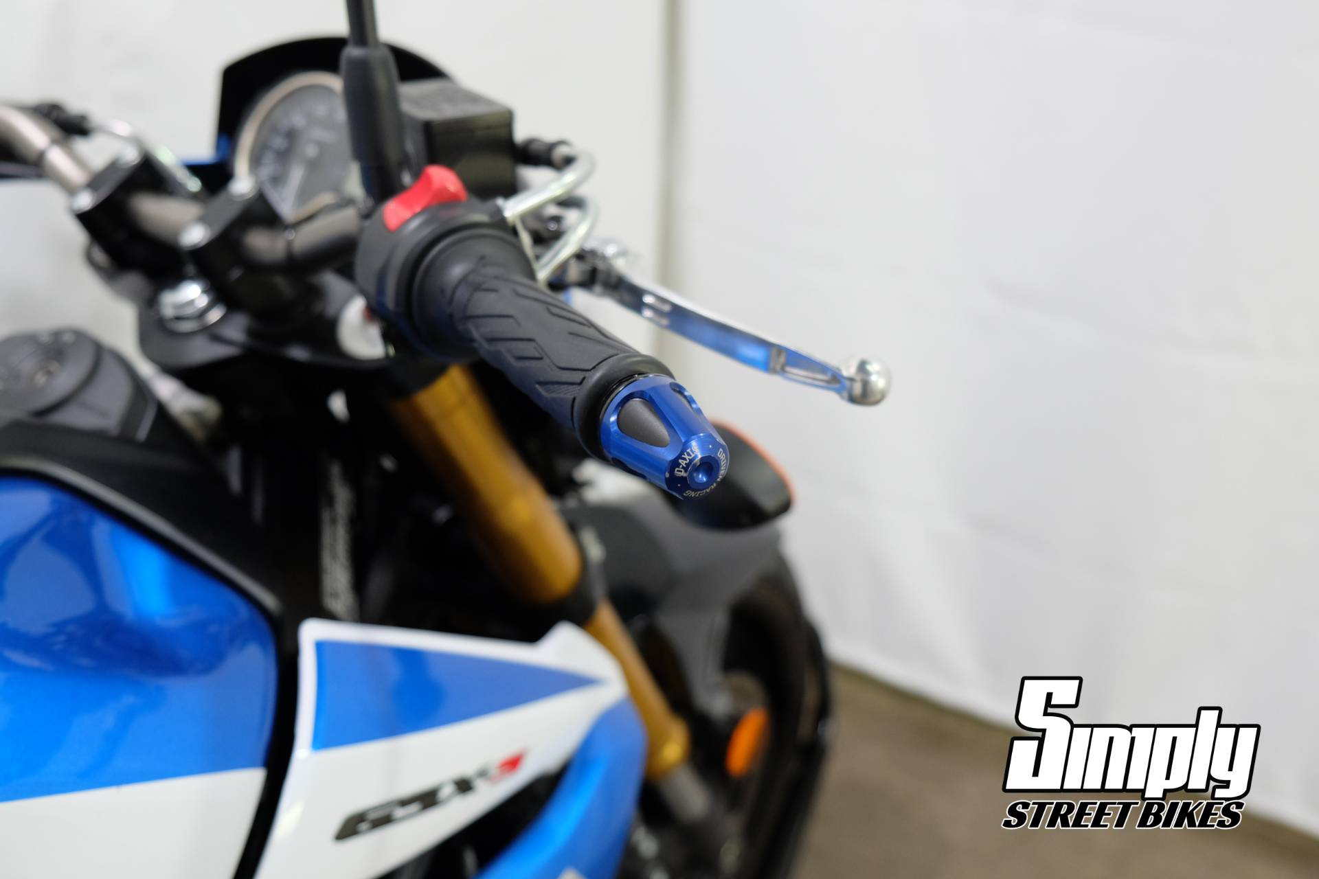 2015 Suzuki GSX-S750Z in Eden Prairie, Minnesota - Photo 34