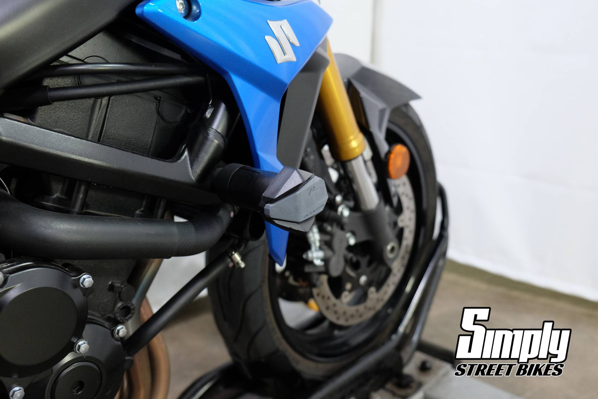 2015 Suzuki GSX-S750Z in Eden Prairie, Minnesota - Photo 35
