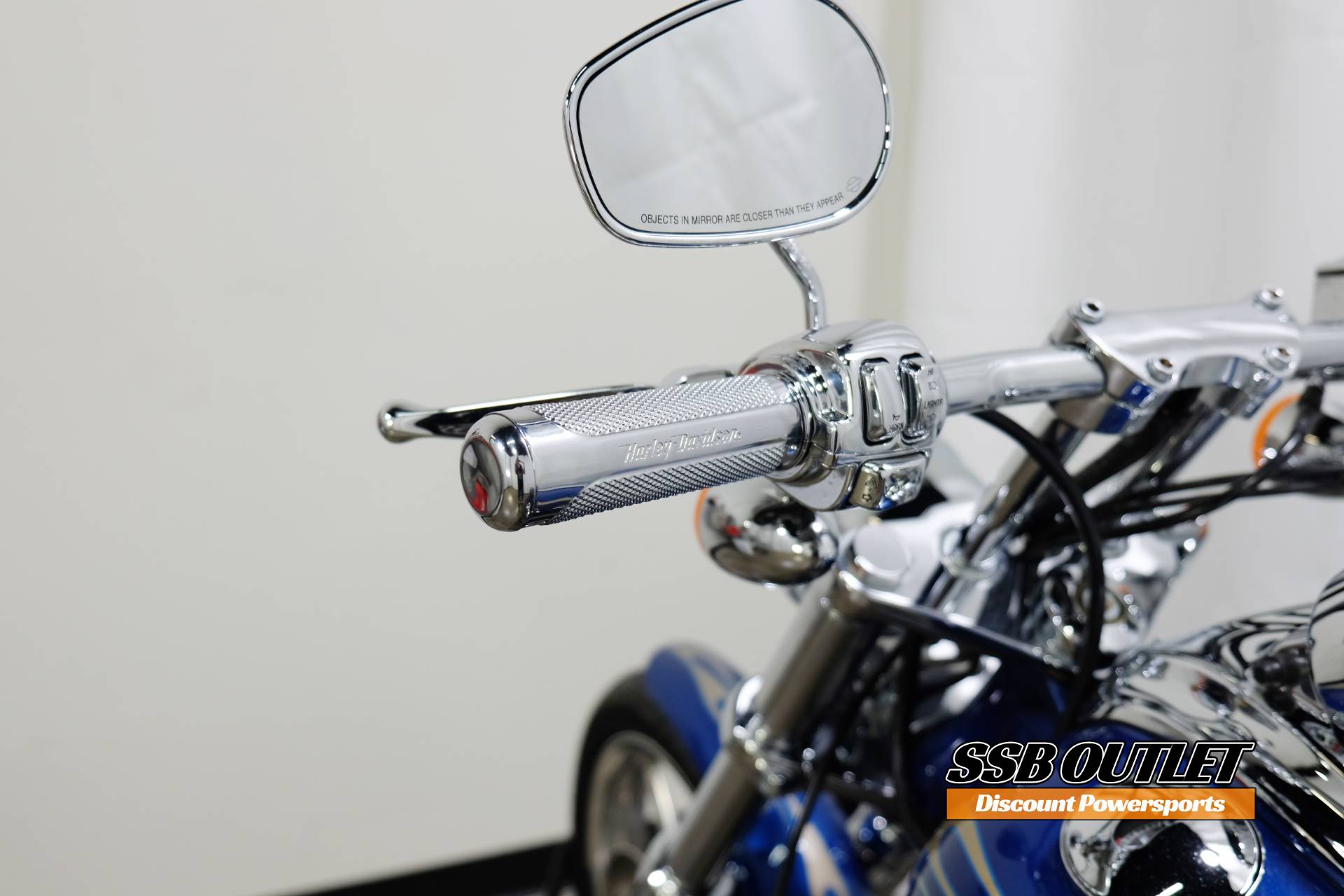 2009 Harley-Davidson Softail® Rocker™ C in Eden Prairie, Minnesota - Photo 12