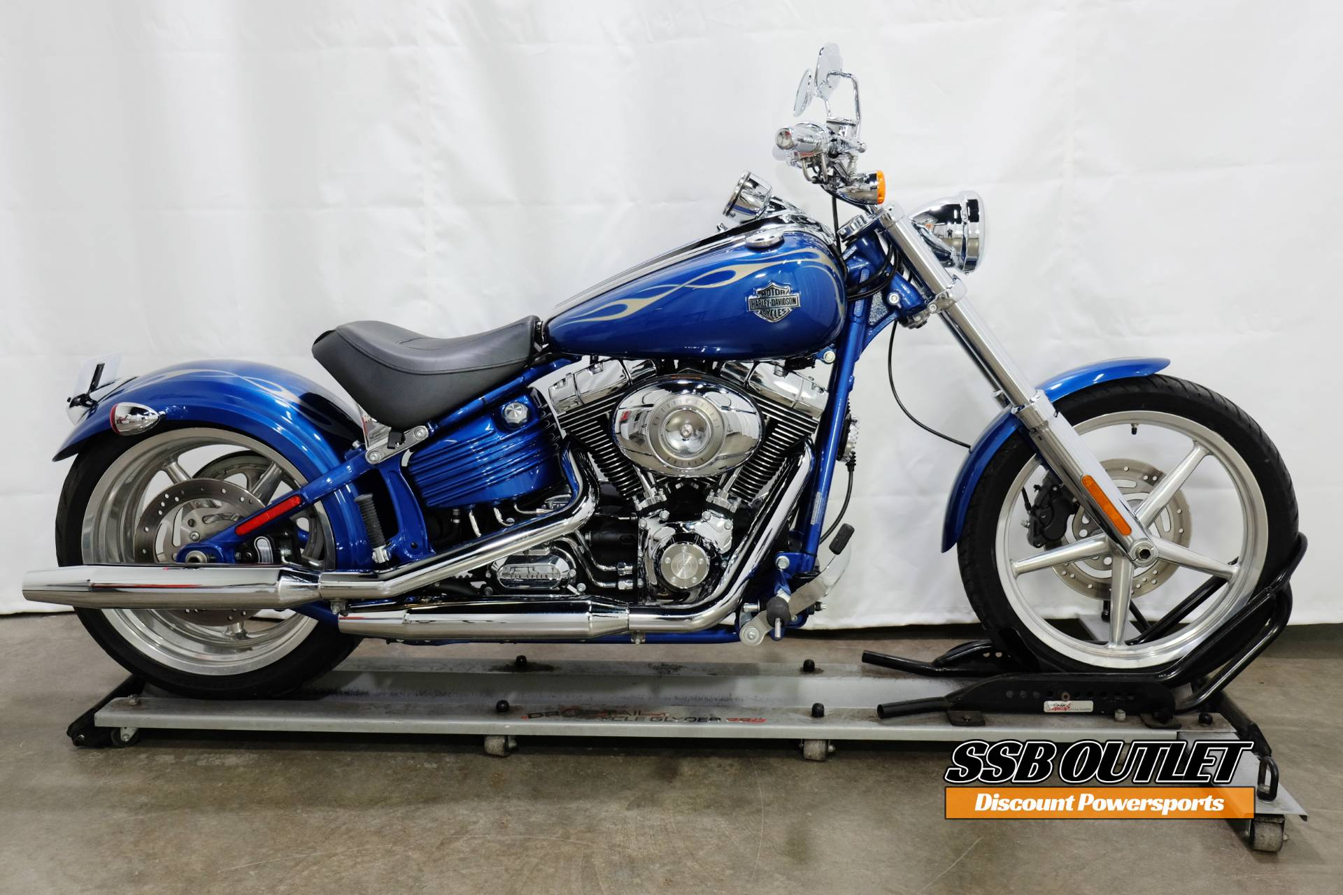 2009 Harley-Davidson Softail® Rocker™ C in Eden Prairie, Minnesota - Photo 1