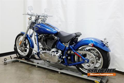 2009 Harley-Davidson Softail® Rocker™ C in Eden Prairie, Minnesota - Photo 5