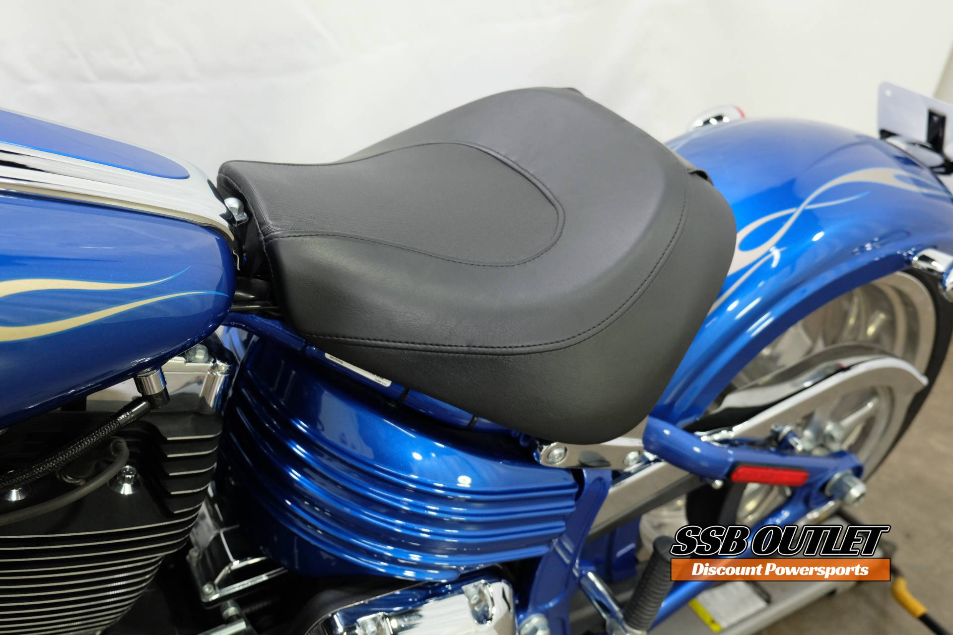 2009 Harley-Davidson Softail® Rocker™ C in Eden Prairie, Minnesota - Photo 14