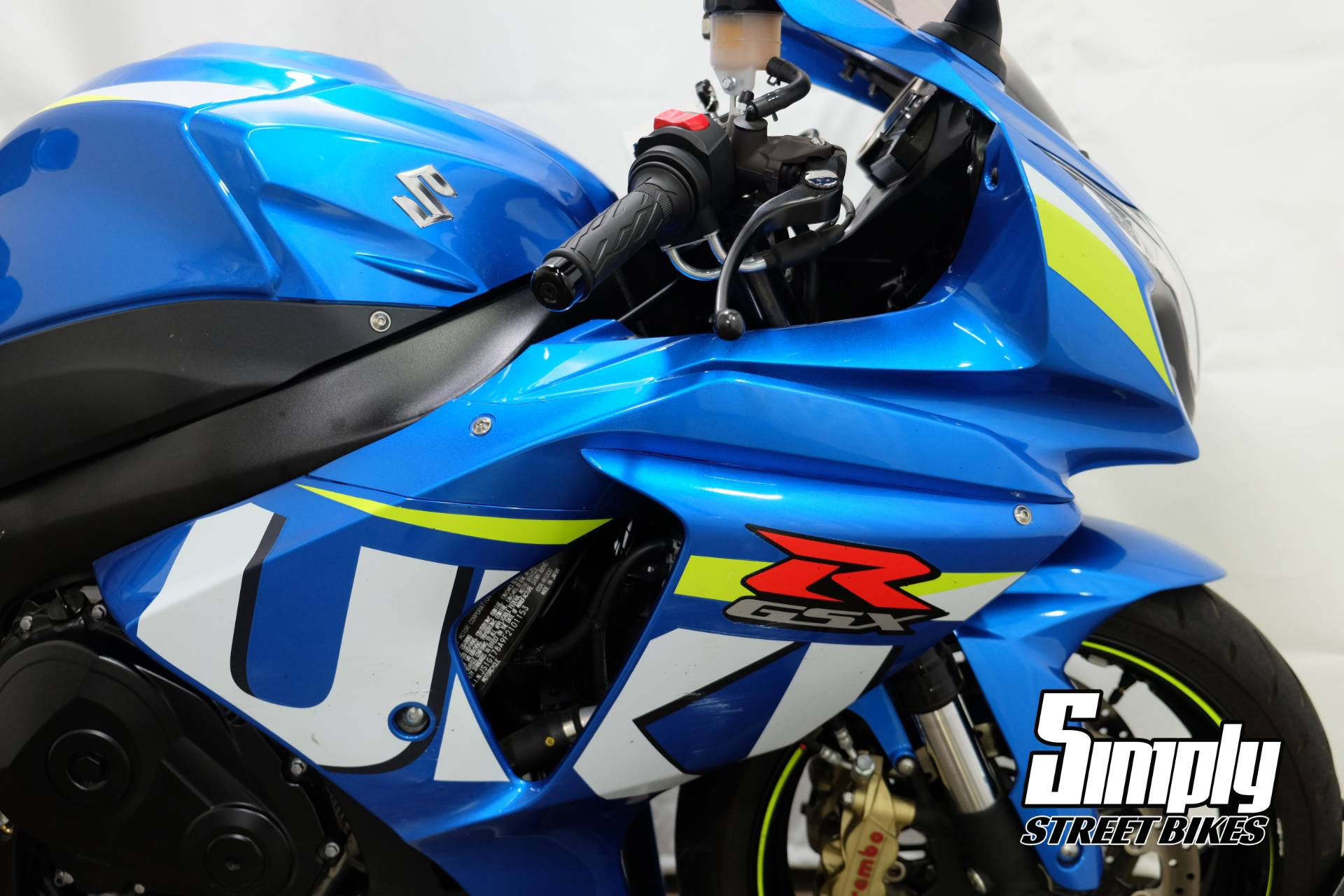 2015 Suzuki GSX-R1000 in Eden Prairie, Minnesota - Photo 12