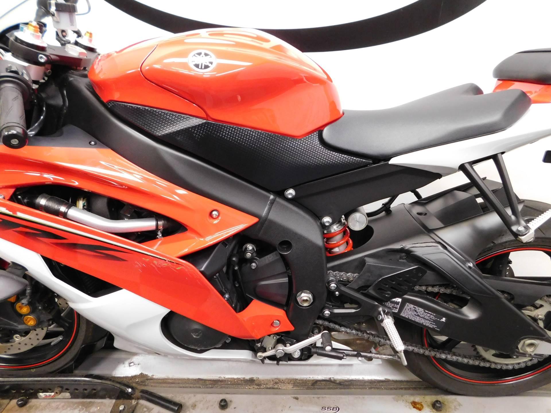 2013 Yamaha YZF-R6 10