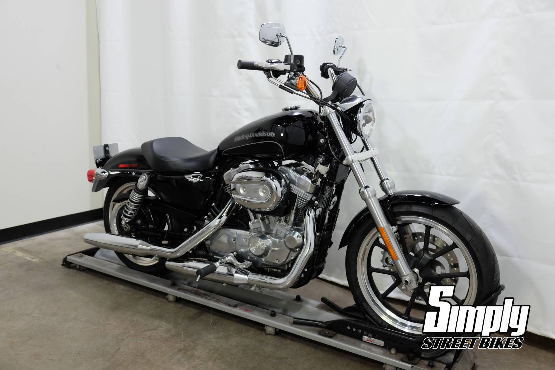 2016 Harley-Davidson SuperLow® in Eden Prairie, Minnesota - Photo 2
