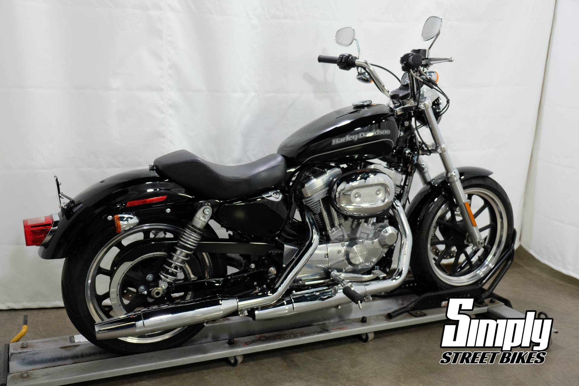 2016 Harley-Davidson SuperLow® in Eden Prairie, Minnesota - Photo 8