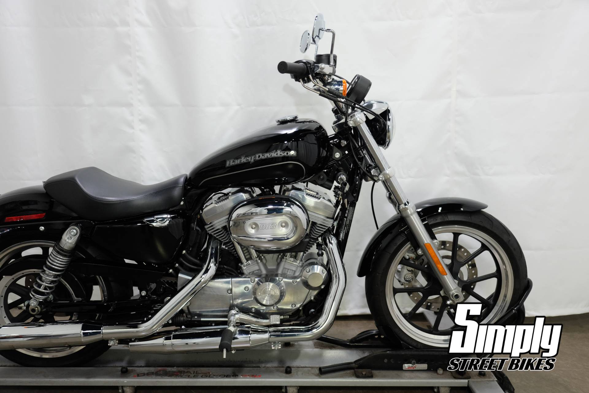 2016 Harley-Davidson SuperLow® in Eden Prairie, Minnesota - Photo 17
