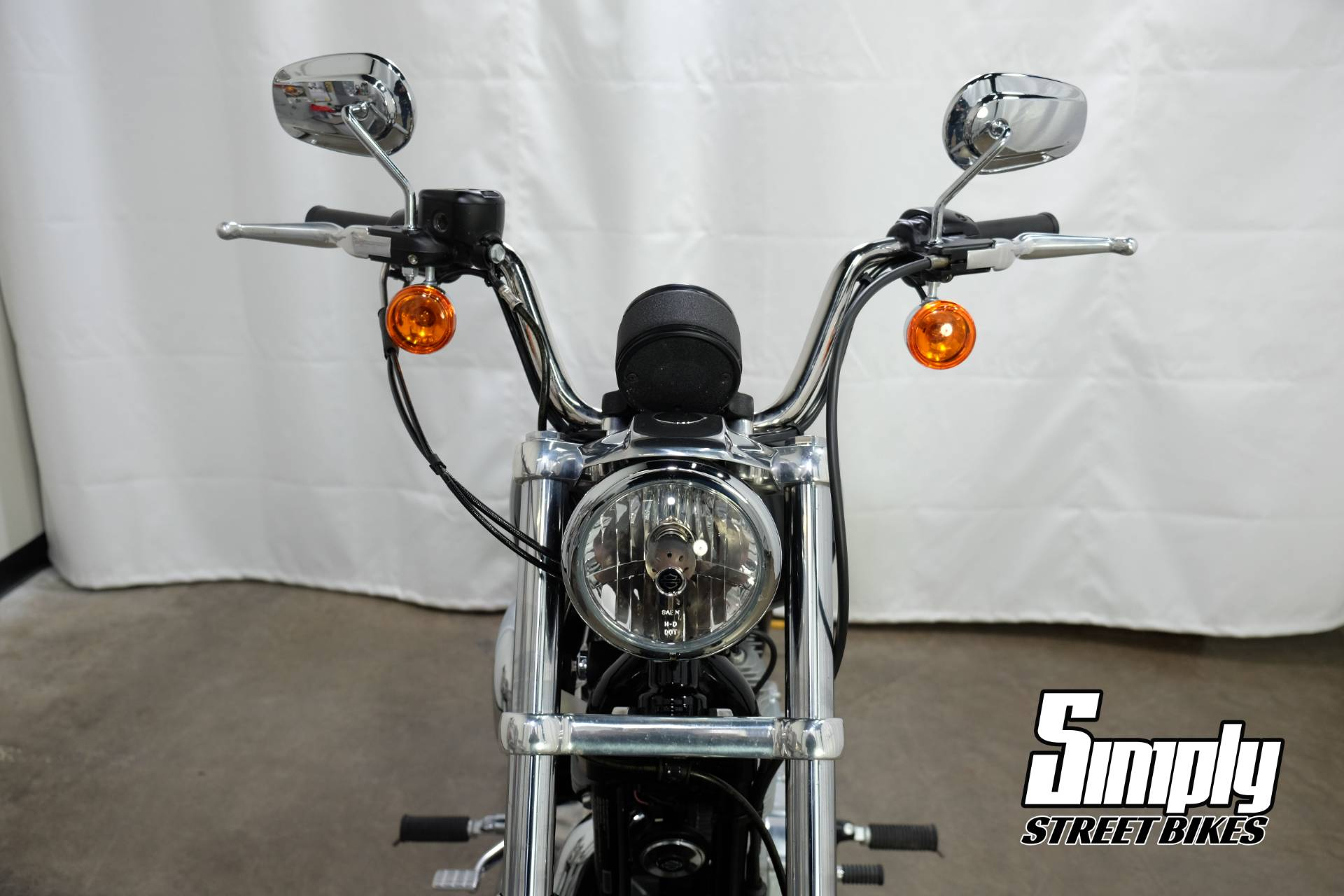 2016 Harley-Davidson SuperLow® in Eden Prairie, Minnesota - Photo 40