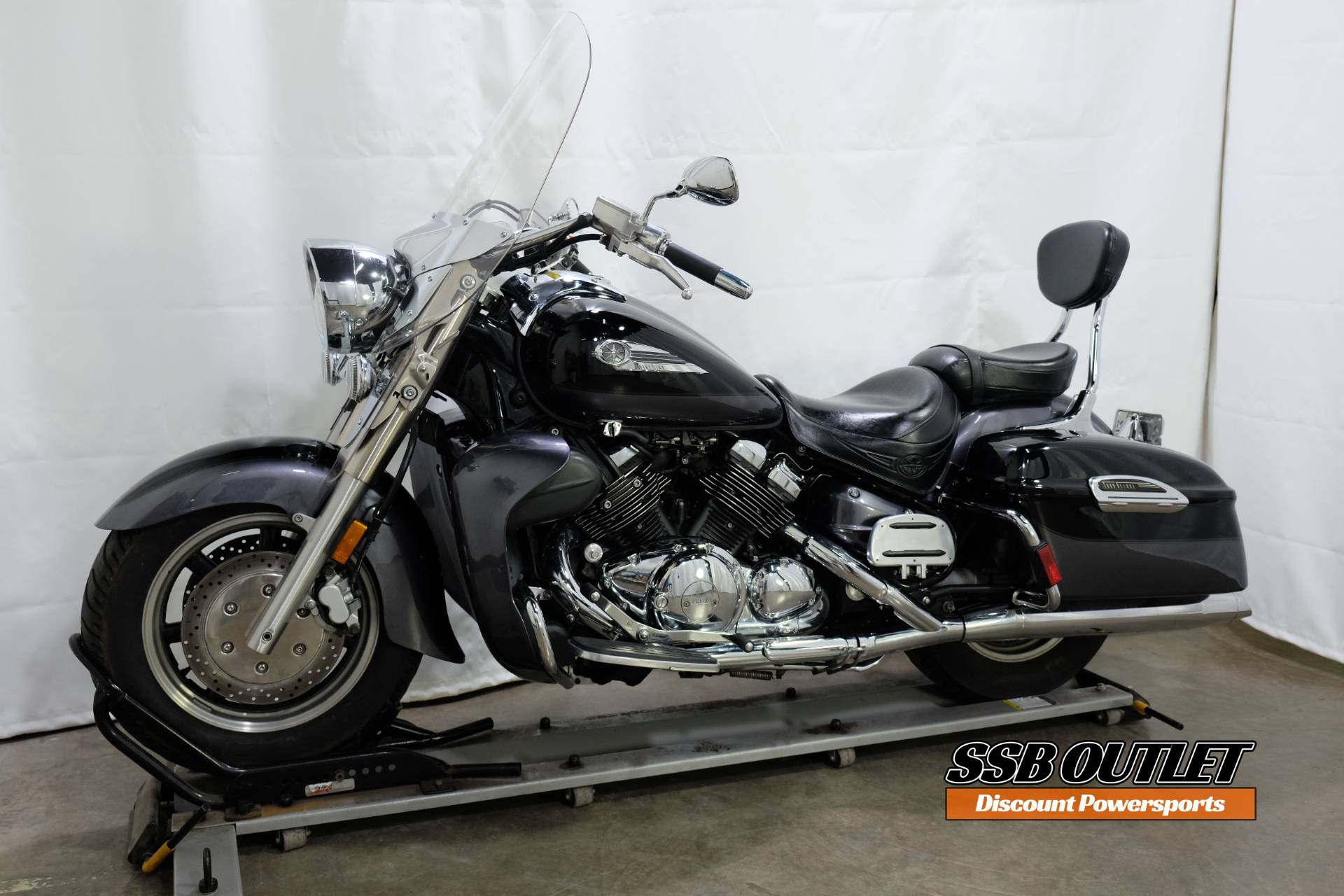 2005 Yamaha Royal Star® Tour Deluxe in Eden Prairie, Minnesota - Photo 3