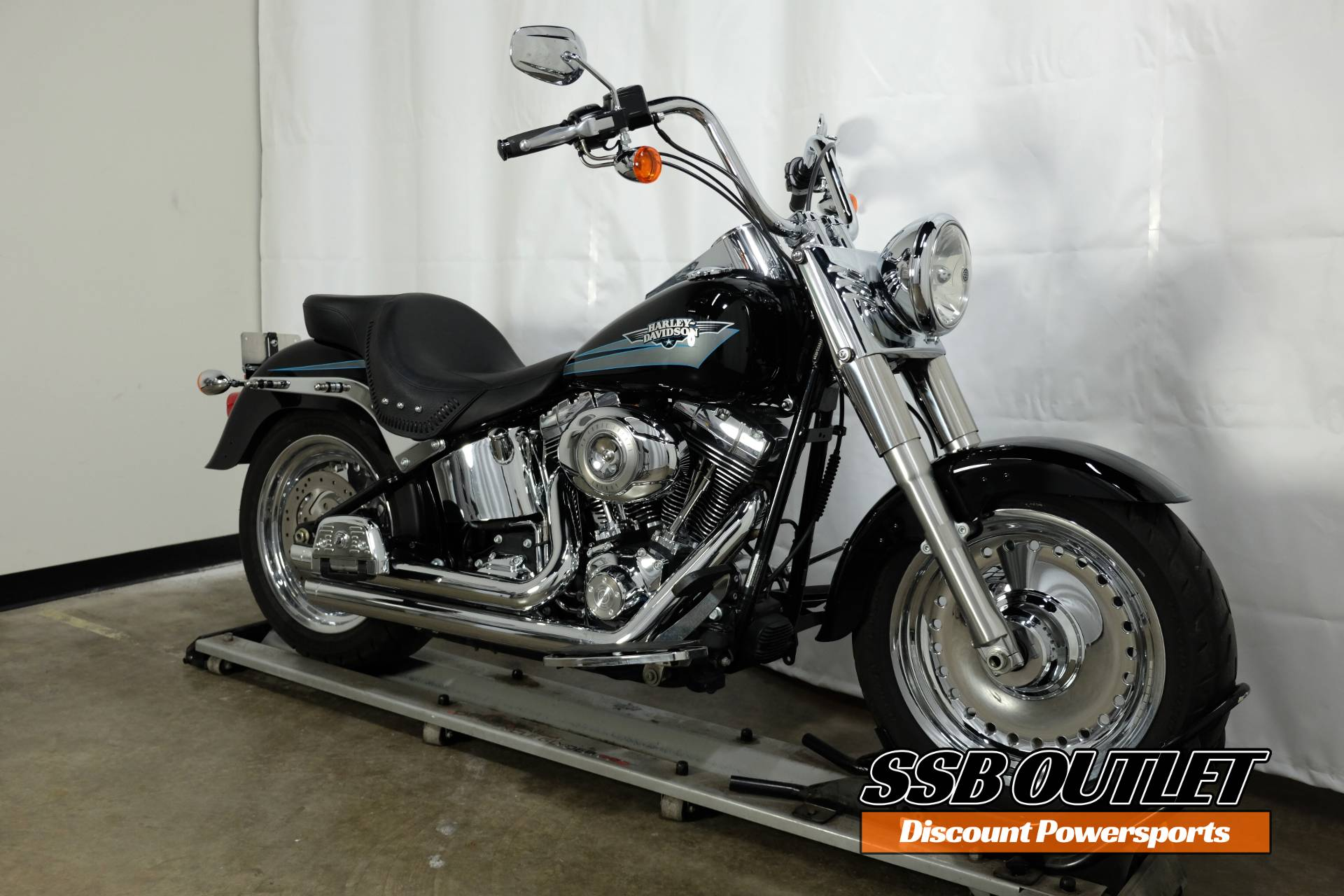 2010 Harley-Davidson Softail® Fat Boy® in Eden Prairie, Minnesota - Photo 2