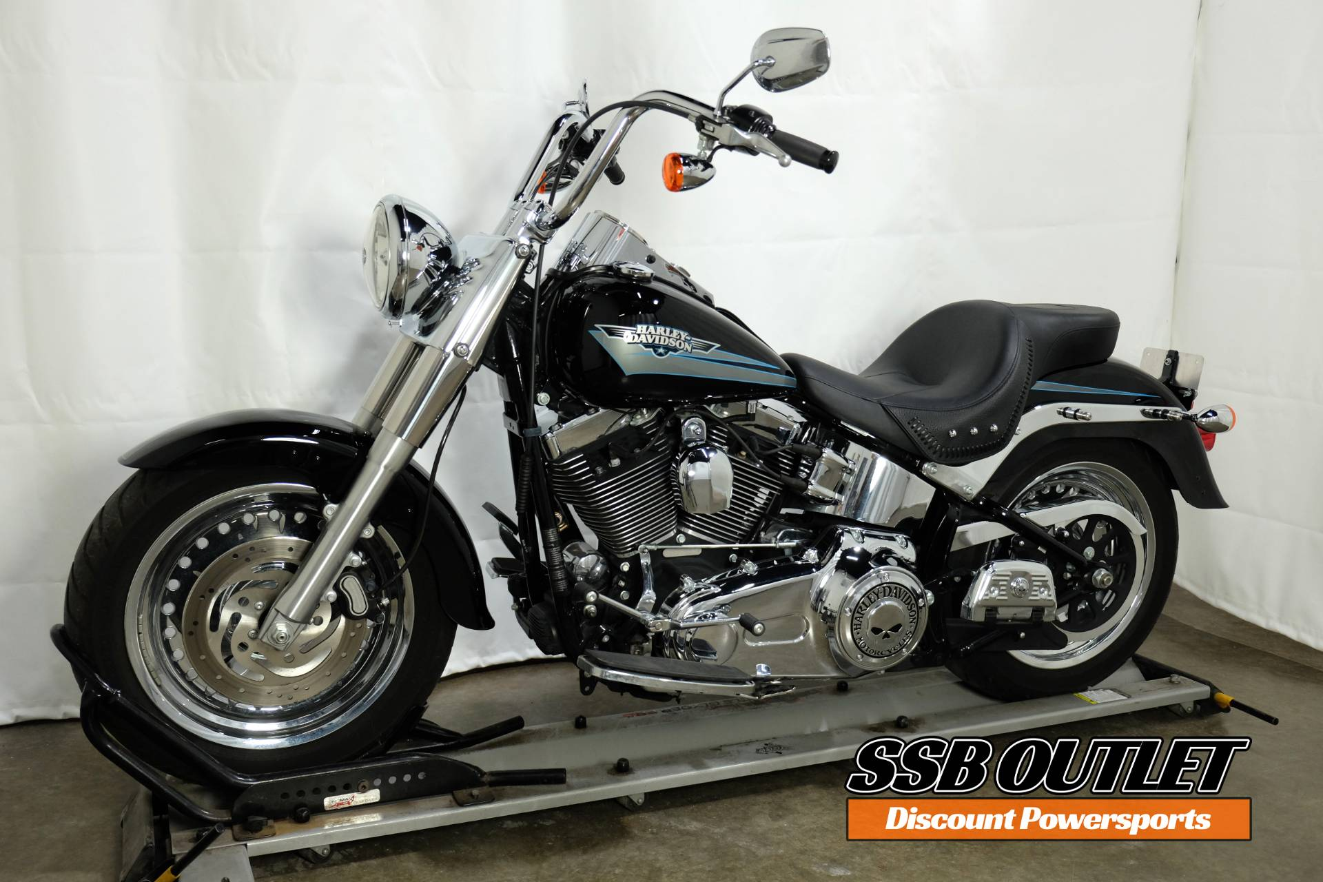 2010 Harley-Davidson Softail® Fat Boy® in Eden Prairie, Minnesota - Photo 3
