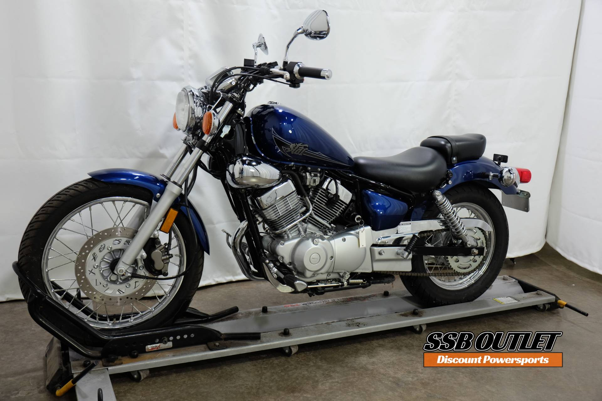2013 Yamaha V Star 250 in Eden Prairie, Minnesota - Photo 3