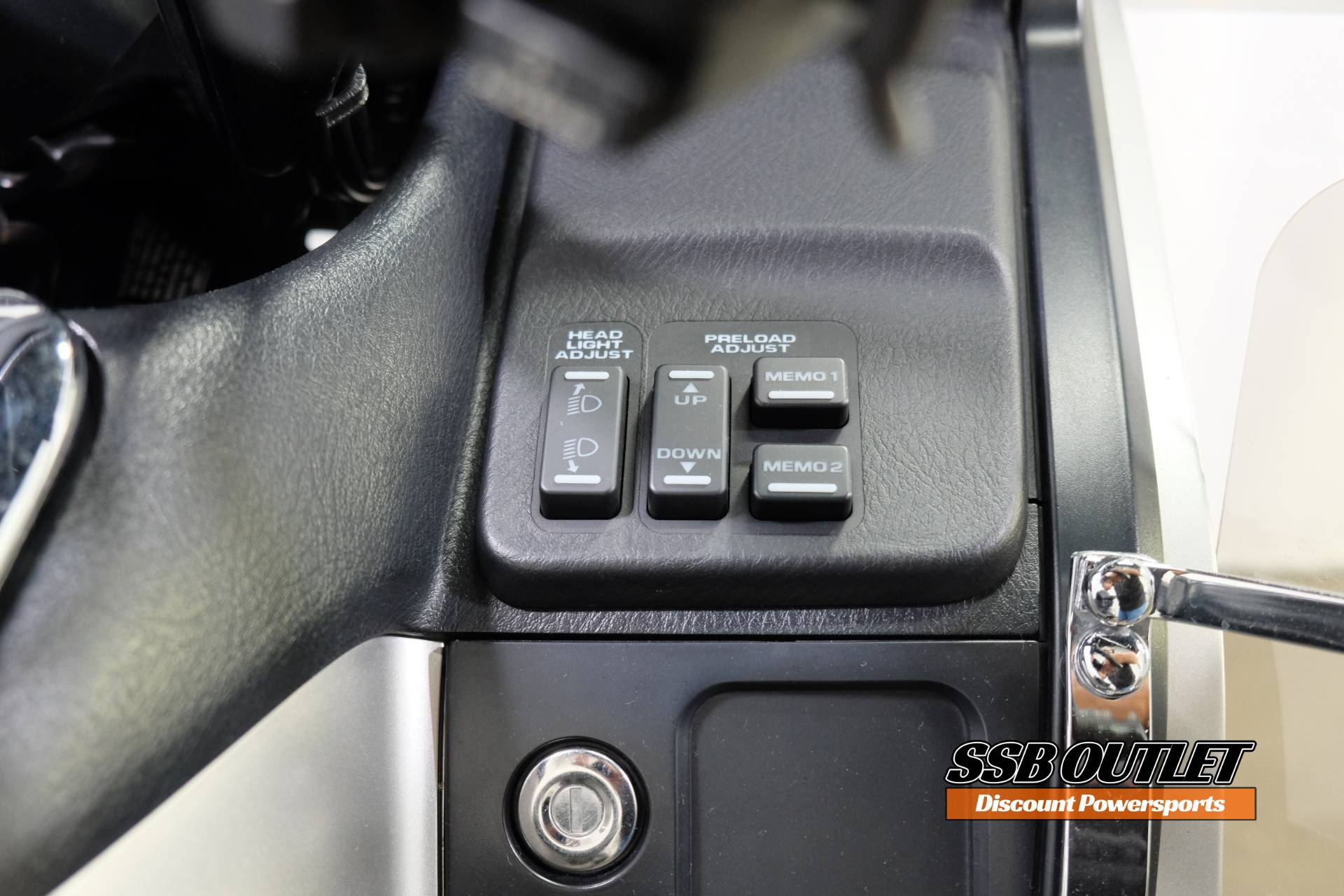 2016 Honda Gold Wing Audio Comfort in Eden Prairie, Minnesota - Photo 15