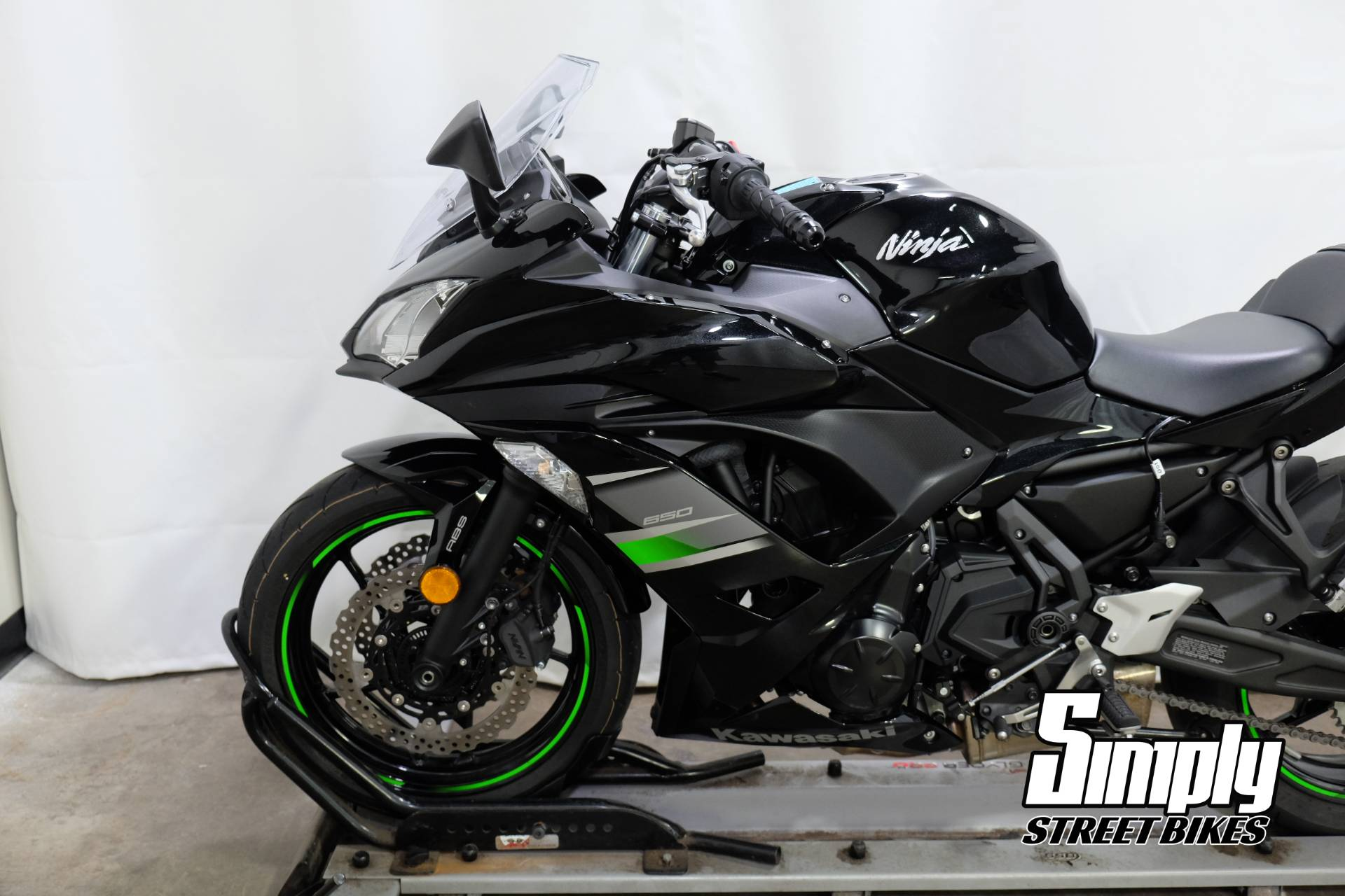 2019 Kawasaki Ninja 650 in Eden Prairie, Minnesota - Photo 26