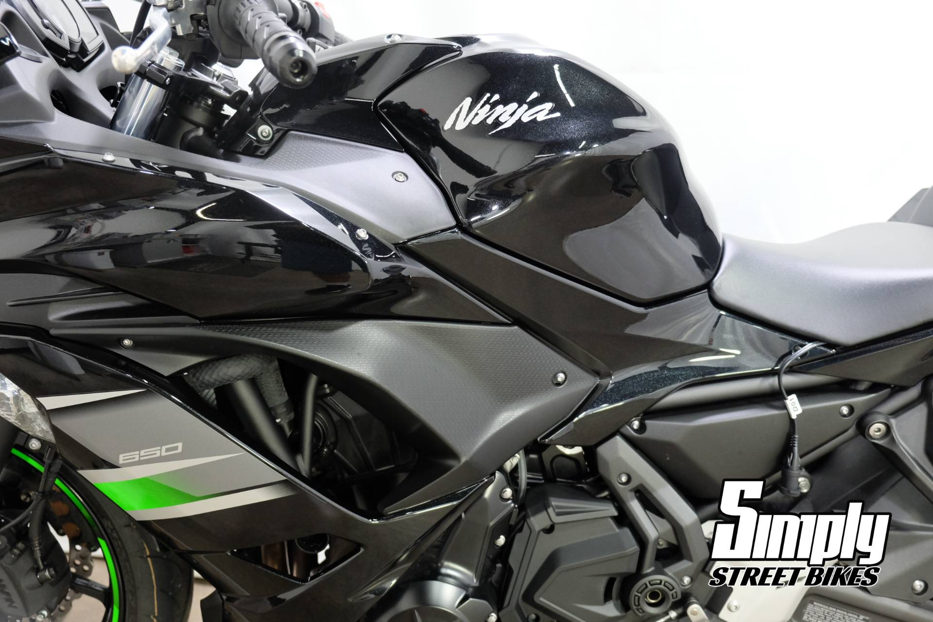 2019 Kawasaki Ninja 650 in Eden Prairie, Minnesota - Photo 30