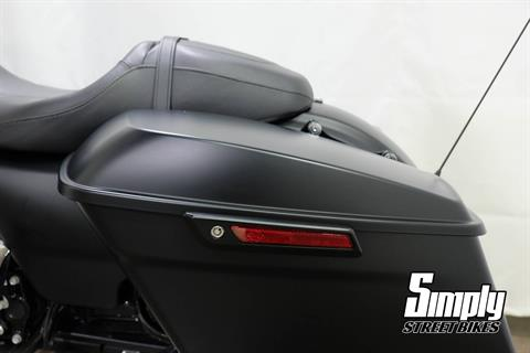 2017 Harley-Davidson Road Glide® Special in Eden Prairie, Minnesota - Photo 35