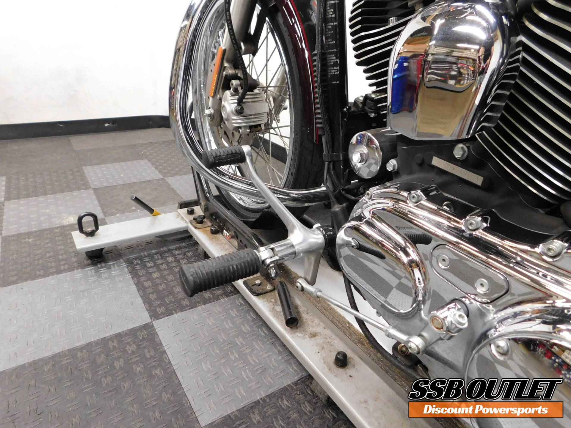 2006 Harley-Davidson Sportster 1200 Custom 8