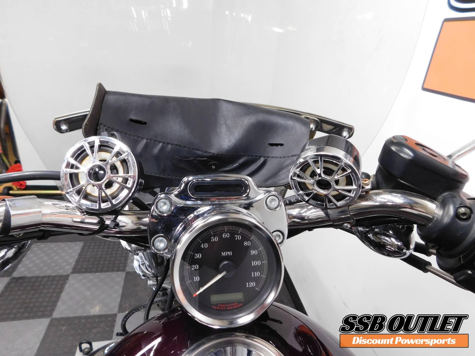 2006 Harley-Davidson Sportster 1200 Custom 9