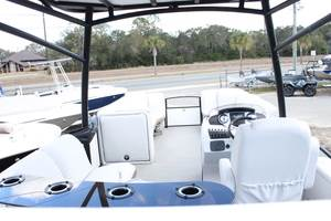 2017 Sweetwater Premium Edition 255 SDB in Perry, Florida