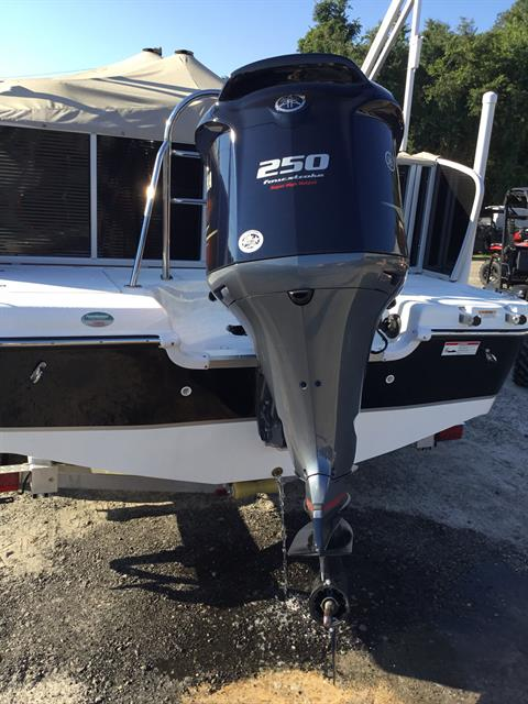 2018 Hurricane Fundeck 236 WB OB in Perry, Florida - Photo 10