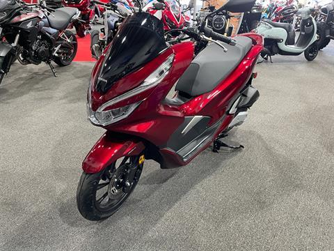 2020 Honda PCX150 ABS in Moon Township, Pennsylvania - Photo 2